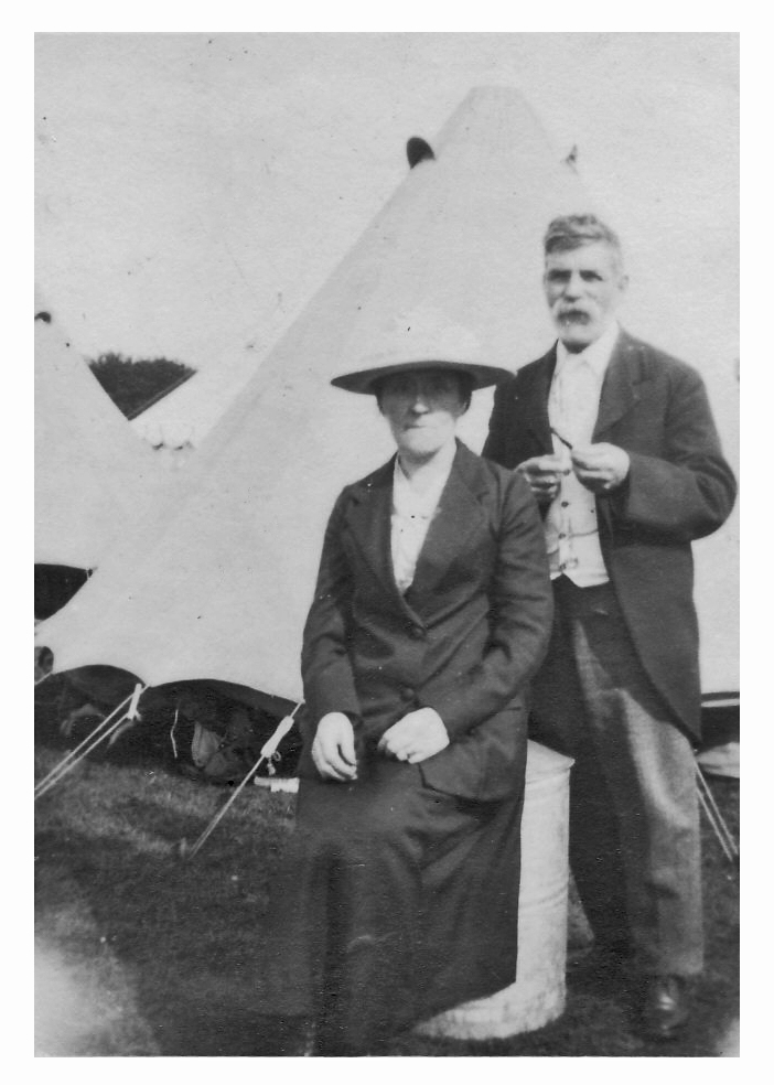 Bertha & Francis Burning of Dublin Custom House 1921
