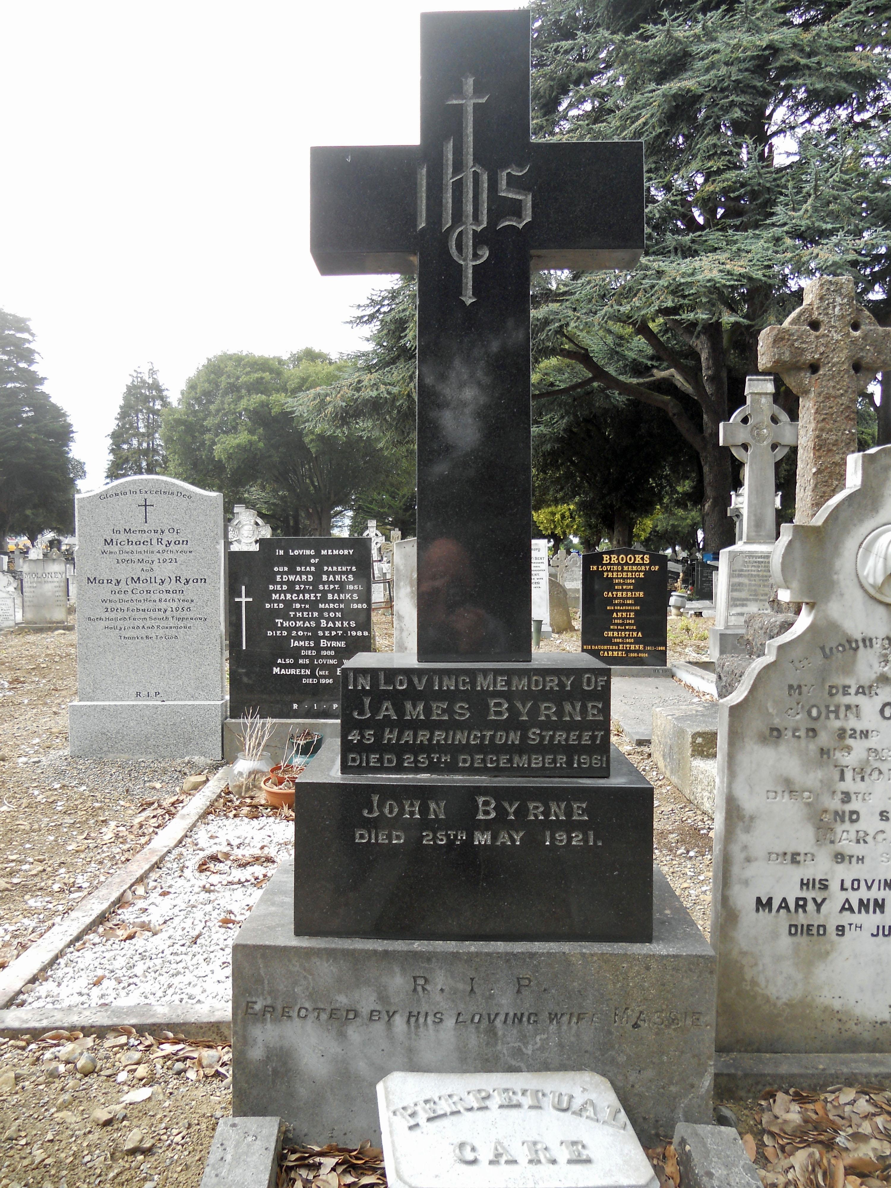 Byrne headstone Burning of Dublin Custom House 1921